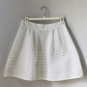 Dresses & Skirts - White Skirt!!! Super Chic  💫